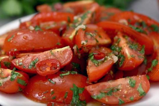 Sałatka pomidorowo-paprykowa