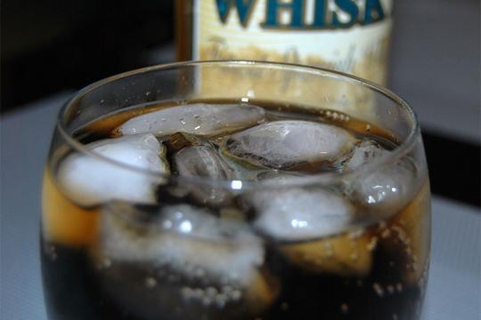 Whisky z colą
